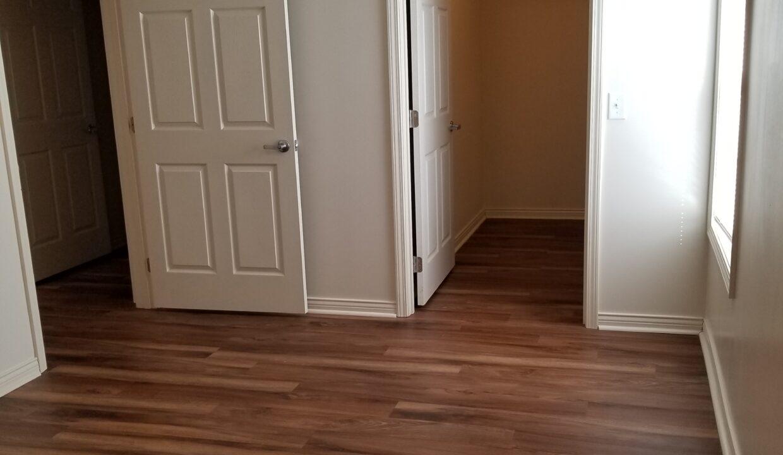 2bdrm-Mstrbdrm Walk-in-closet